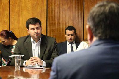 Formulario de Contraloría para Declaraciones Juradas es muy confuso, critica Diputado