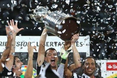 Ronaldinho habló del Mineiro-Olimpia de la Libertadores 2013