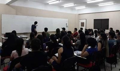 "Estudiantes anuncian ""paro virtual"" contra Universidades que siguen cobrando cuotas"