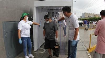 Alertan sobre uso de sistemas de aspersión de desinfectantes