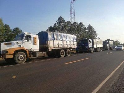 Incautan camiones con unos 55.000 litros de combustible de contrabando