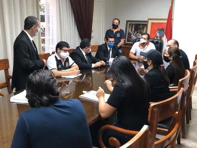 Fiscal allana Municipalidad de Ciudad del Este por caso de supuestas sobrefacturaciones