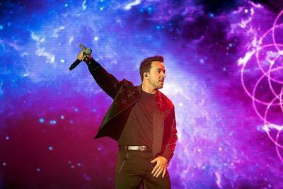 Luis Fonsi da detalles de la que sería su próxima canción desde la cuarentena