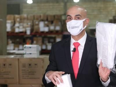 Mazzoleni asegura que no hubo sobrefacturación en compra de equipos hospitalarios