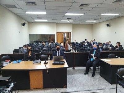 Retoman juicio contra ex ministro de la Niñez por supuesta lesión de confianza