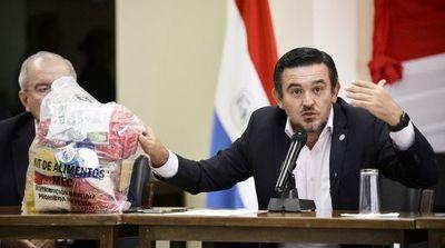 Presentan proyecto de interpelación a Petta, que sería tratado mañana