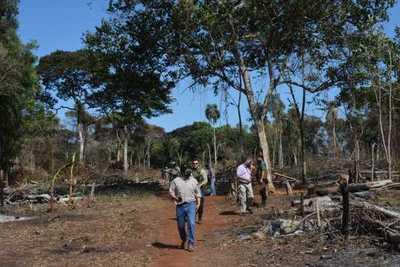 Itaipú recupera área invadida en zona de Puerto Indio