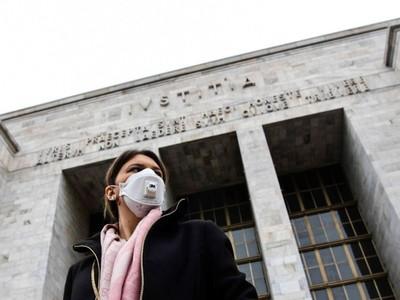 Covid-19: economista remarca que la situación va a llevar al mundo a un periodo de 'desglobalización'