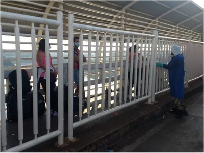 Fiscalía investiga denuncias sobre coima en la frontera para el ingreso de personas del Brasil