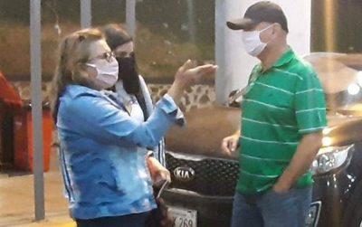 Investigarán a fiscala que volvía de Brasil con su familia