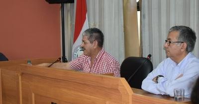 """Semanario: la denuncia contra el intendente y los concejales, """"apriete"""" de funcionarios municipales y 23 casos de COVID-19"""