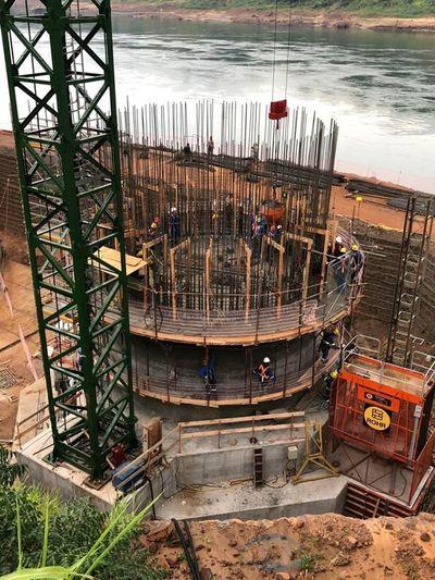 Nuevo puente entre Paraguay y Brasil «avanza bien» a casi un año del inicio de obras