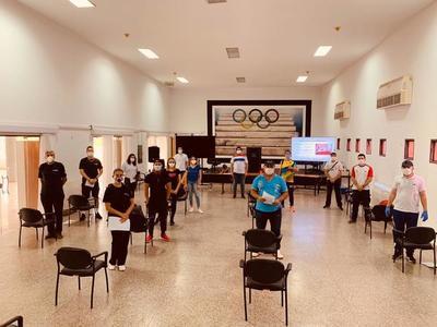 Hoy inician clases virtuales con instructores profesionales de deportes