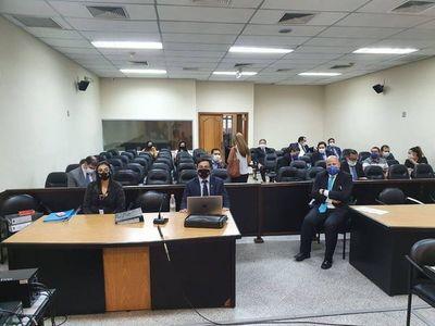 Juicio oral de ex ministro de la Niñez pasó para el lunes