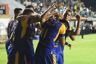 'Si yo jugaba en Cerro, Olimpia o Libertad, hubiese hecho 300 goles'