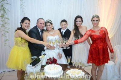 Enlace Matrimonial de Ramona Aparecida Aliendre y Magdal Dissenha en el Clube do Sargentto de Ponta Porã