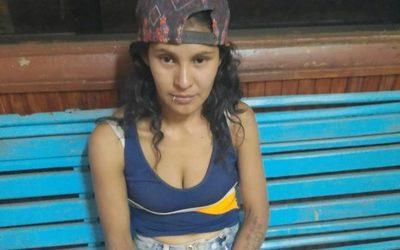 Mujer hiere de una puñalada a un hombre  que era buscado por homicidio desde el  2011 – Diario TNPRESS