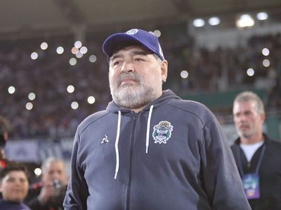 Maradona despide a Carlovich y desea que se haga justicia tras su muerte