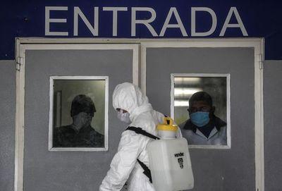 Pandemia dispara desempleo en EE.UU. y Latinoamérica prorroga medidas para evitar contagios