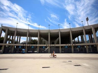 Inauguran hospital de campaña en el Maracaná