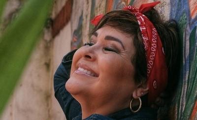 HOY / Lizza Bogado con canciones testimoniales en Facebook e Instagram Live