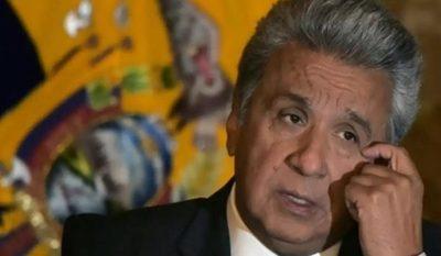 Ecuador: Presidente baja en 50% su salario y a todo su gabinete ante la pandemia