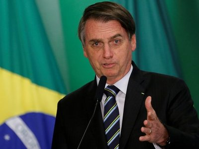 Bolsonaro compara aislamiento con la situación en Venezuela