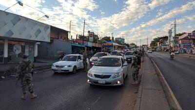 HOY / Cuarentena Inteligente: Estricto control militar en puntos de ingresos a Asunción