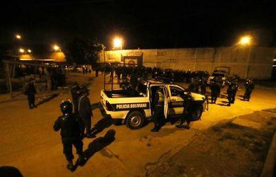 Reo fallecido en hacinada cárcel boliviana da positivo al coronavirus