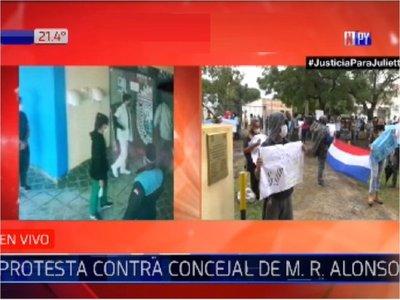 MRA: Protestan contra Walberto Zárate, salvado por la Junta