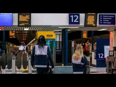 Reino Unido: Una empleada de ferrocarriles muere de coronavirus tras ser escupida por un agresor