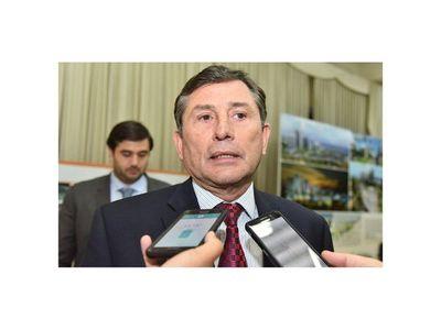 Pettengill atribuye queja de ganaderos a elección en ARP