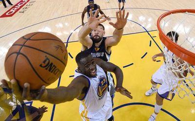 Directivos de la NBA esperan reanudar las actividades