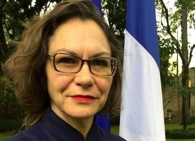 """Embajadora de Francia dice que Paraguay es """"número 1"""" en lucha contra COVID-19"""