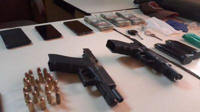 Allanamientos simultáneos en investigación por crimen contra agente policial