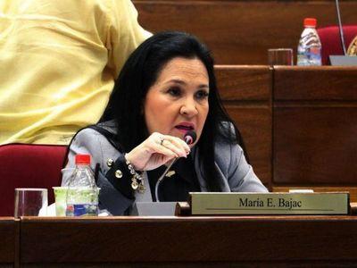 Políticos desafían la cuarentena y ponen en riesgo a la ciudadanía