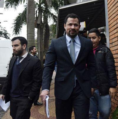 Por tercera vez en la semana suspenden audiencia de revisión de medidas de Ulises Quintana