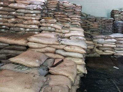 Denuncian que aumenta el contrabando de azúcar