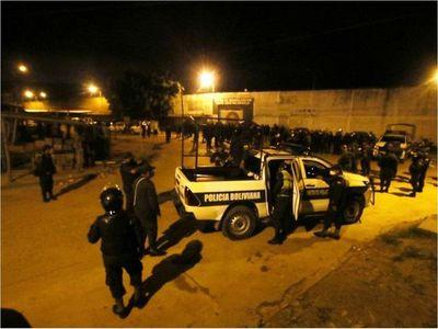 Covid-19 se cuela en cárcel superpoblada de Bolivia