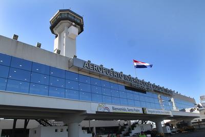 Aerolínea estatal colombiana hizo histórico primer vuelo al Paraguay