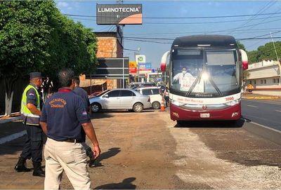 Uso de buses de larga distancia es solo para exceptuados