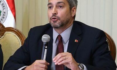 """Mario Abdo Benítez: """"No hay chances de reabrir la frontera ni los centros educativos"""""""