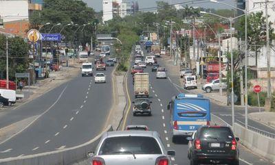 Autorizan circulación de hasta 4 personas por vehículo