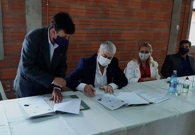 En Caazapá firman convenio para instalar empresas extranjeras tras pandemia