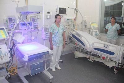 Ofrecen vacancias para docentes y enfermeras