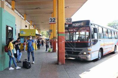 Importante movimiento de viajeros desde la Terminal de Ómnibus