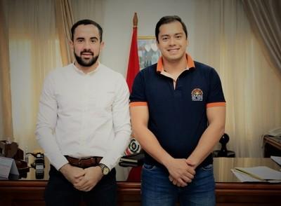 Intendente PRIETO acusa a su AMIGO y SOCIO por ROBO de cerca de US$ 1 millón