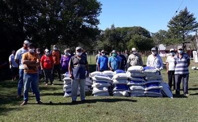 Gobierno lleva apoyo a pequeños productores agrícolas de Caazapá