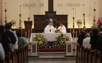 HOY / Misas presenciales, desde el 25 de mayo: número reducido de fieles y estrictas medidas sanitarias