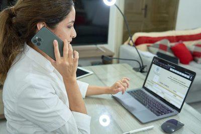Telemedicina: Médicos de diferentes especialidades atienden on line